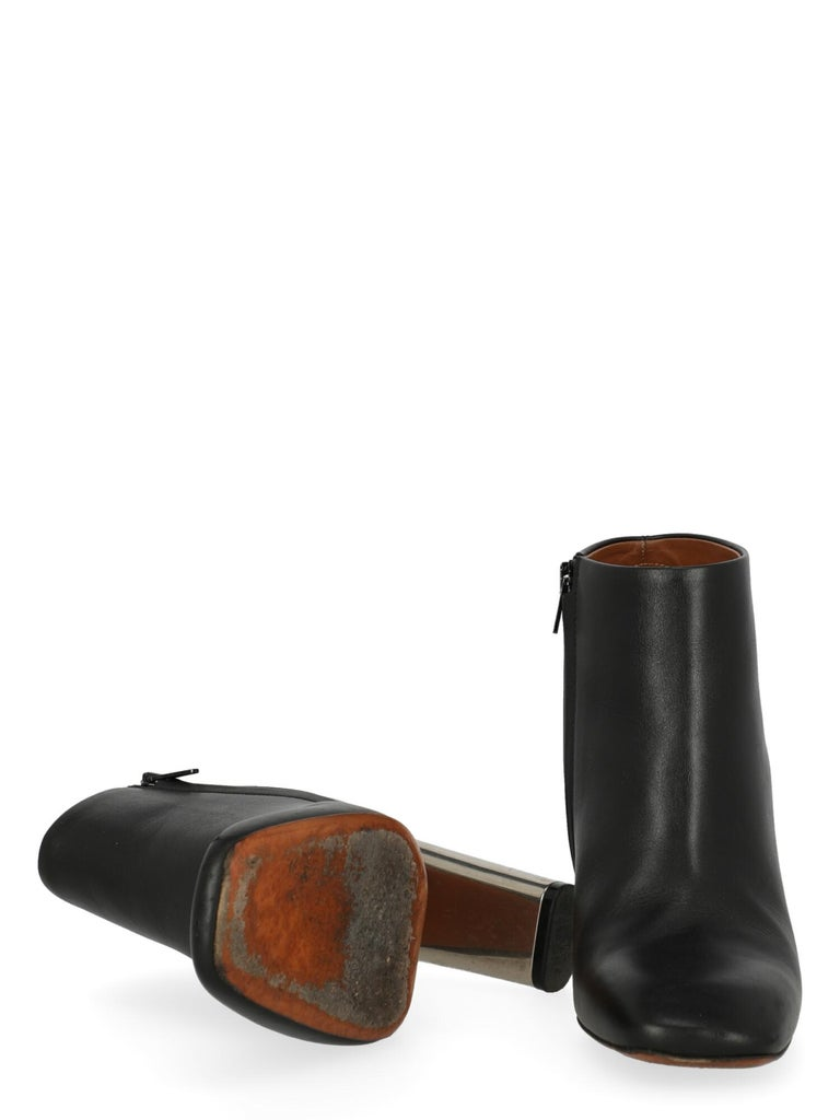 Women's Celine  Women   Ankle boots  Black Leather EU 38 For Sale