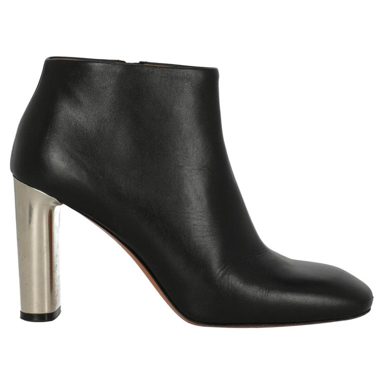 Celine ankle boots, 21st century, offered by Lampoo