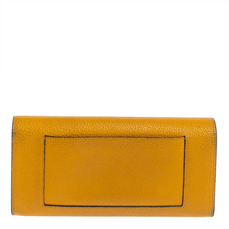 Celine Yellow Leather Large Multifunction Flap Wallet In Good Condition For Sale In Dubai, Al Qouz 2