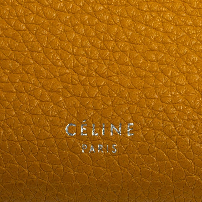 Celine Yellow Leather Large Multifunction Flap Wallet For Sale 3