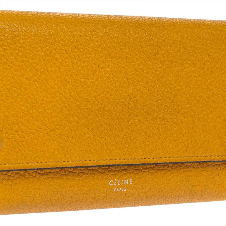 Celine Yellow Leather Large Multifunction Flap Wallet For Sale 5
