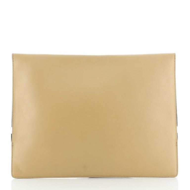 Celine Zip Clutch Leather Oversized In Good Condition For Sale In New York, NY