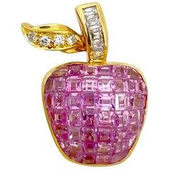 Cellini 18 Karat Gold, 7.55 Carat Invisibly Set Pink Sapphire Apple Brooch
