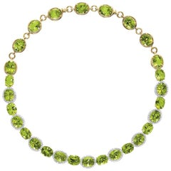Cellini 18 Karat Gold Necklace with 10.65 Carat Peridot and 3.77 Carat Diamonds