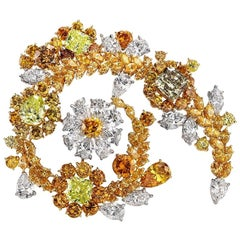 Cellini 18 Karat Yellow Gold Brooch 19.85 Carat Natural Fancy Colored Diamonds