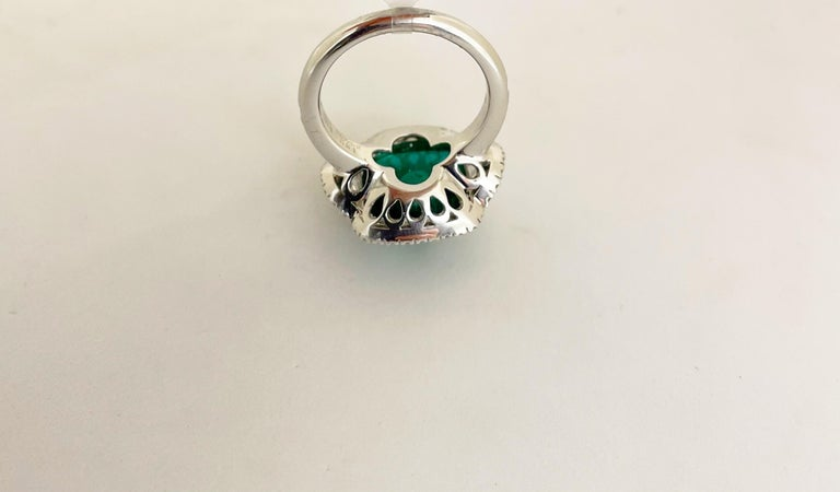 10.58 Carat Sugarloaf Cabochon Emerald and Diamond Ring For Sale 4