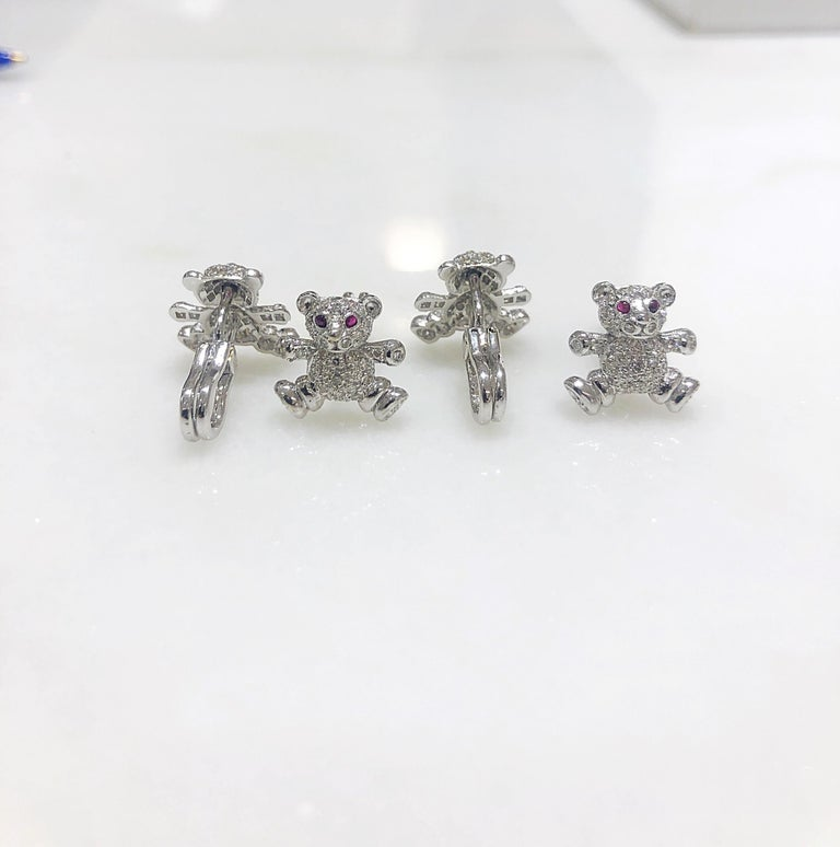 Cellini Jewelers 18kt Gold,  1.90ct. Diamond Teddy Bear Cuff Links & Stud Set In New Condition For Sale In New York, NY