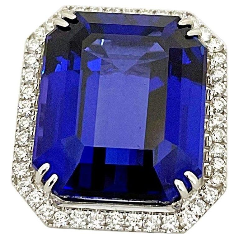 Cellini Jewelers 18KT Gold, 32.27 Carat Tanzanite Ring with 1.45 Carat Diamonds For Sale