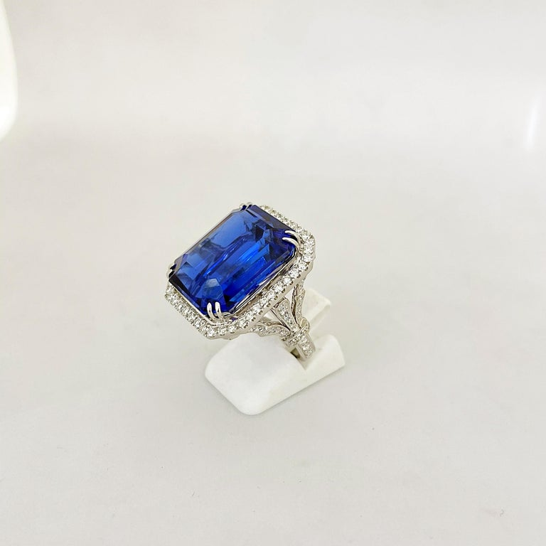 Cellini Jewelers 18KT Gold, 32.27 Carat Tanzanite Ring with 1.45 Carat Diamonds For Sale 1