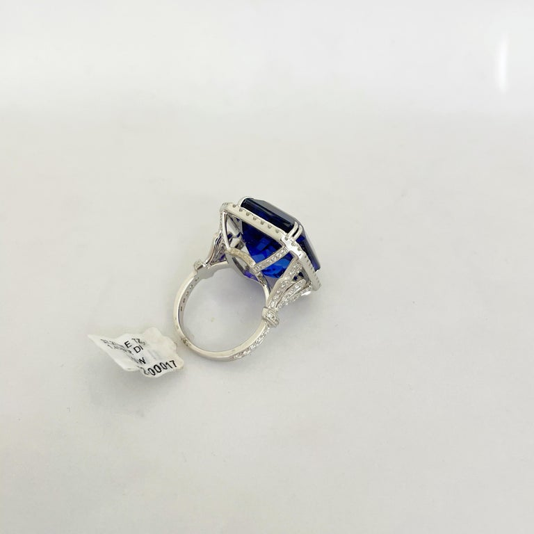 Cellini Jewelers 18KT Gold, 32.27 Carat Tanzanite Ring with 1.45 Carat Diamonds For Sale 3