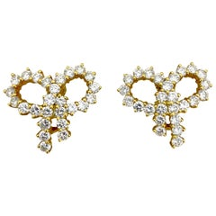 Cellini Jewelers NYC 18 Karat Yellow gold 4.60 Carat Diamond Bow Earrings