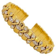 NYC 18 Karat Yellow Gold Cuff Bracelet with 3.81 Carat Diamonds