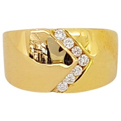NYC 18 Karat Yellow Gold and Diamond 0.21 Carat Ring