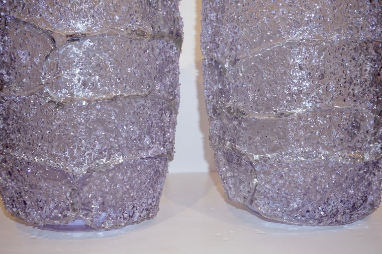 Late 20th Century Cenedese Italian Pair of Pink Amethyst Aqua Blue Alexandrite Murano Glass Vases For Sale
