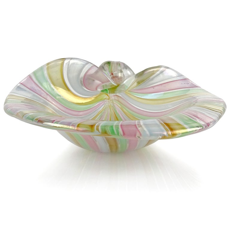 Mid-Century Modern Cenedese Murano A Canne Ribbons Iridescent Italian Art Glass Seashell Dish Bowl For Sale