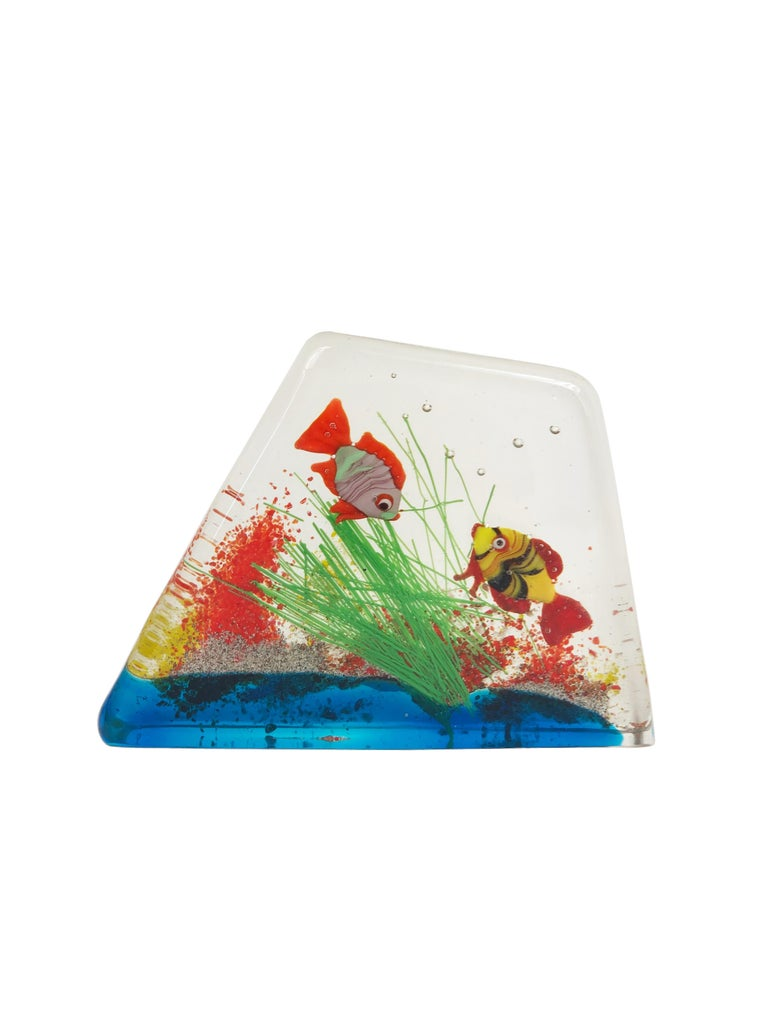 Cenedese Murano Italian Art Glass Two Fishes Aquarium Block In Good Condition For Sale In Rome, IT