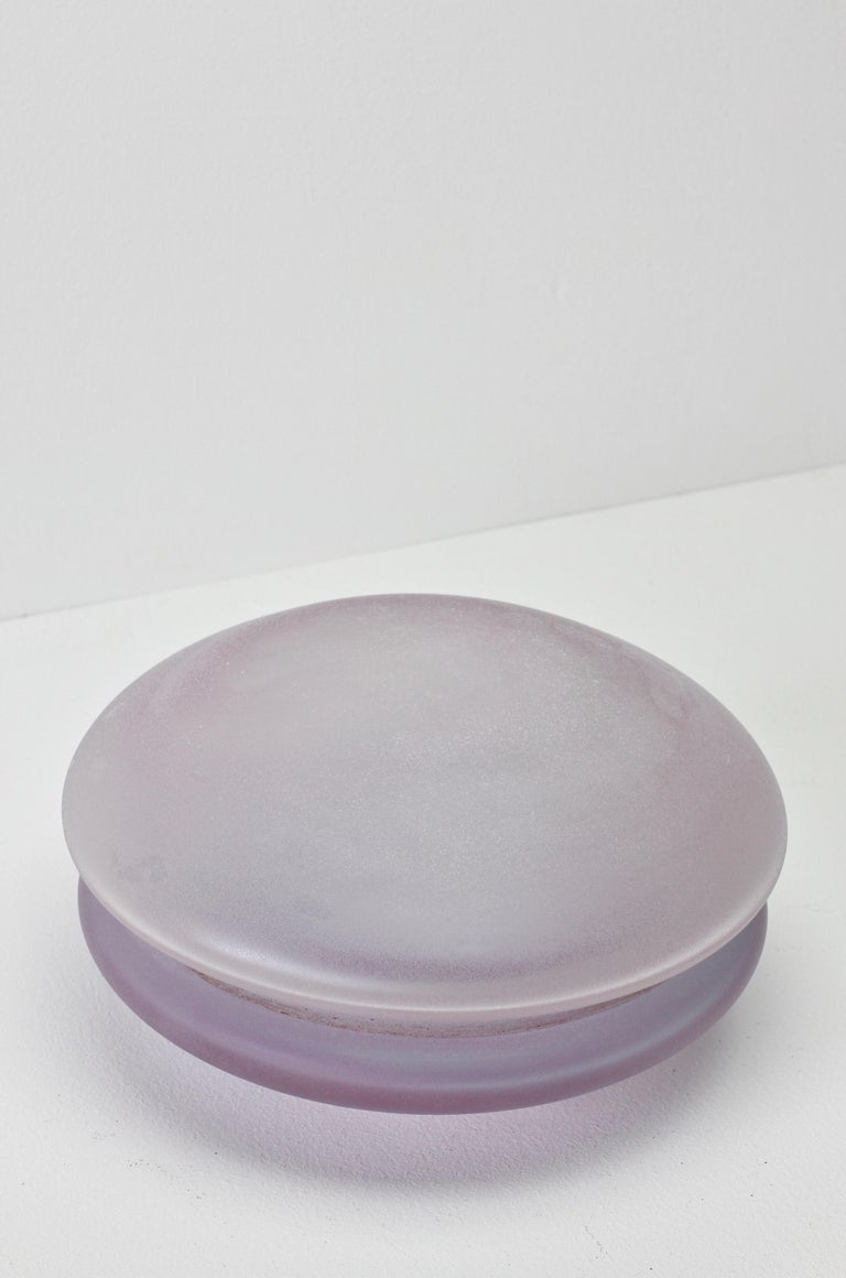 Mid-Century Modern Cenedese Vintage Murano Lilac Colored Lidded Frosted Glass UFO Bowl or Dish For Sale