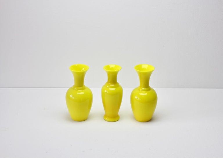 Cenedese Trio von hellen gelben Vintage italienische Murano Art Glasvasen, 1960er Jahre 2