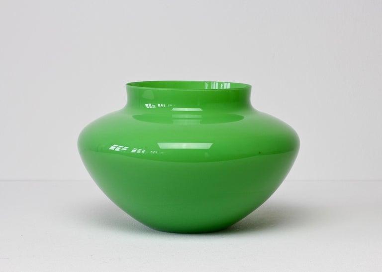 Cenedese Vintage Grüne Italienische Murano Glasschale oder Vase, 1960er Jahre 3