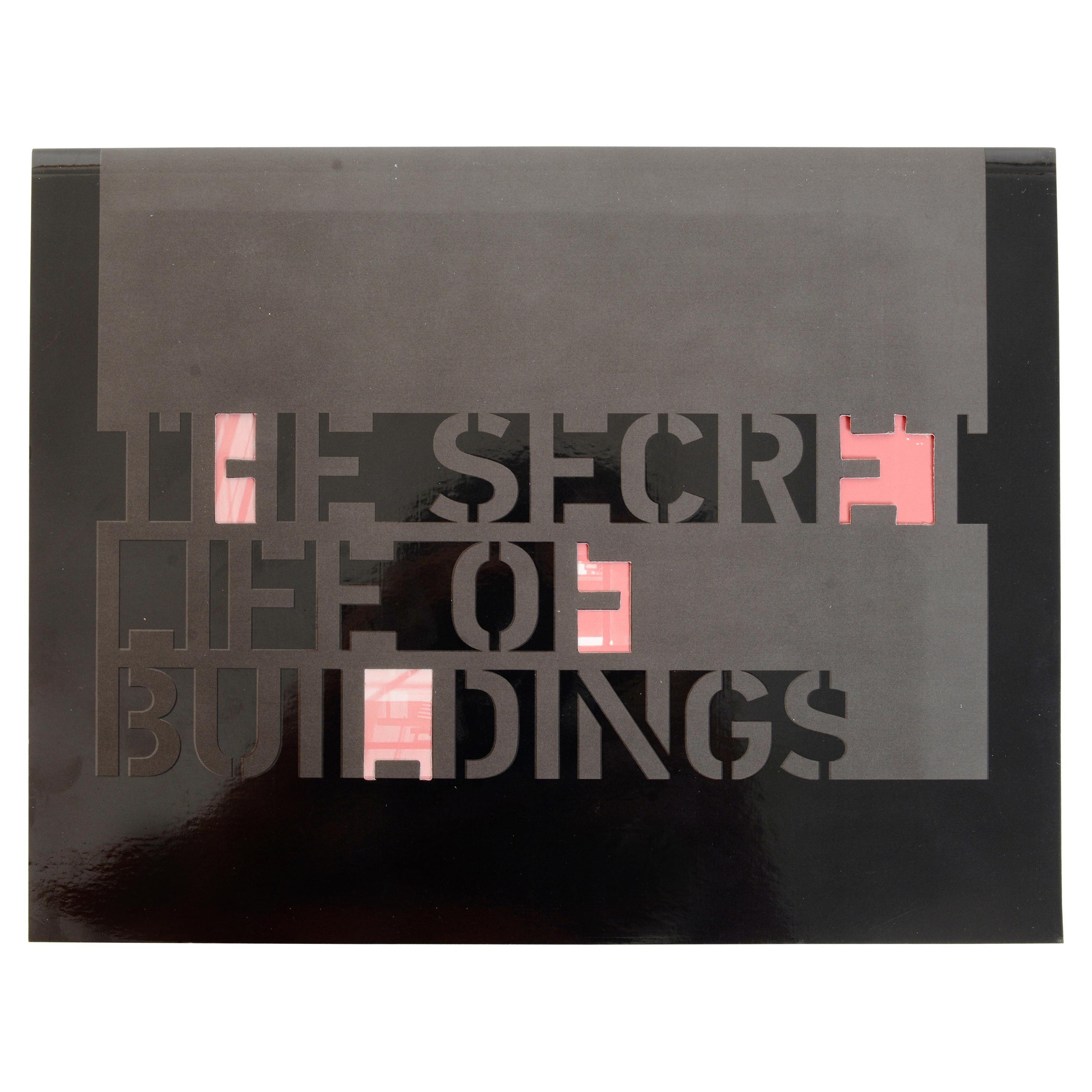 Center 21 The Secret Life of Buildings, 1st Ed