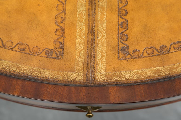 Center Table with Leather Inset and Gilt Decoration For Sale 2
