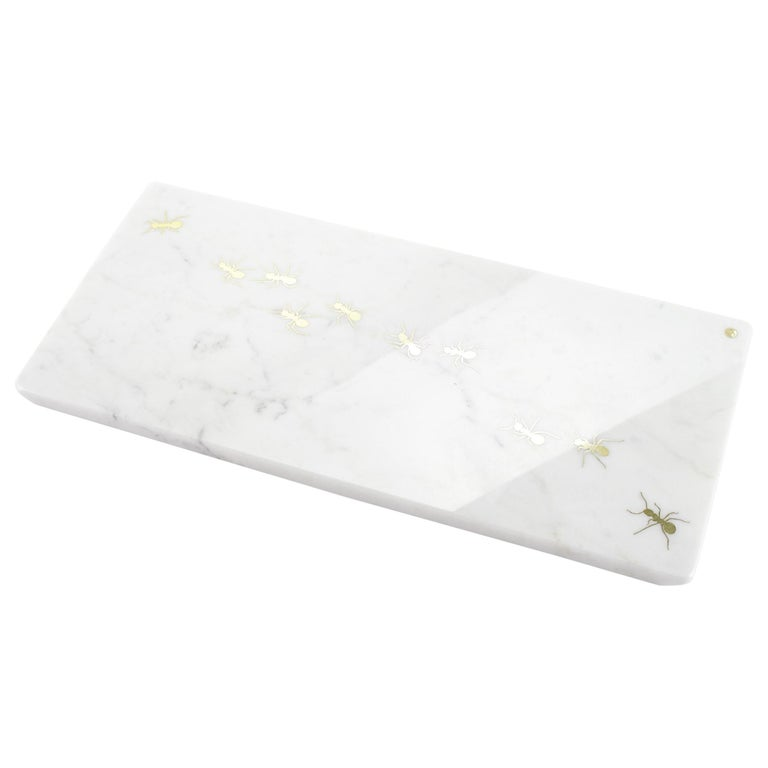 Centerpiece, Serving Plate in Carrara Marble Made in Italy by Pieruga Marble For Sale