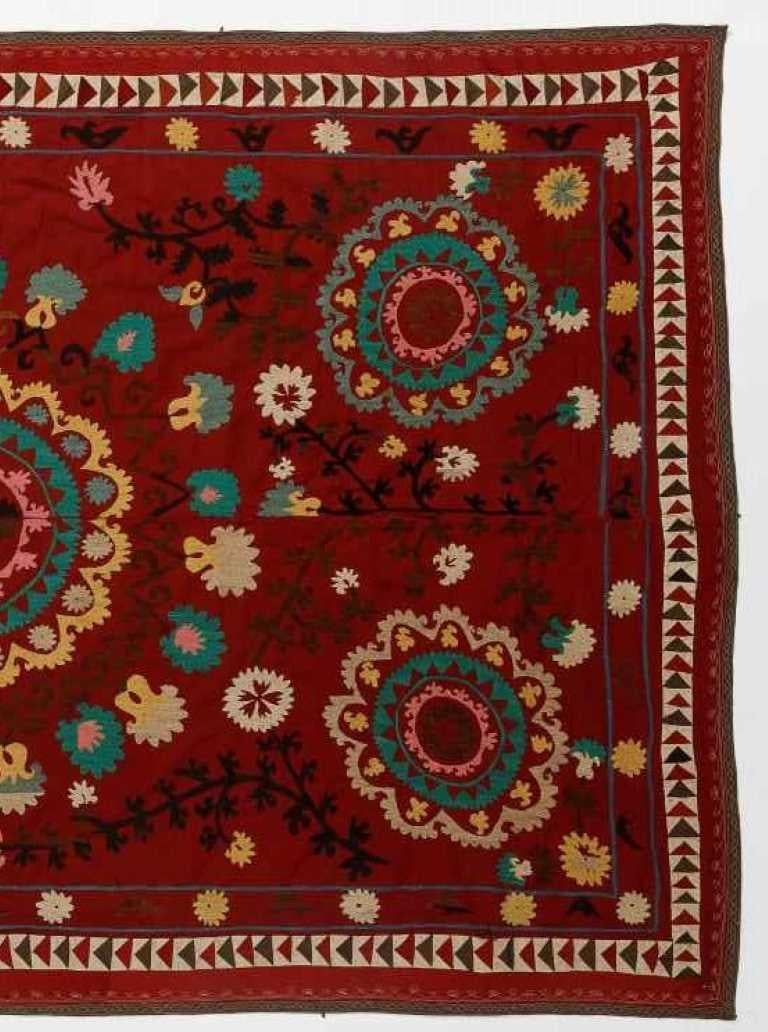 Uzbek Central Asian Suzani Textile. Embroidered Cotton & Silk Bed Cover, Wall Hanging For Sale