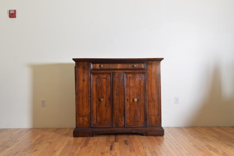 Neoclassical Central Italian Walnut and Inlaid Credenza, Early 19th Century For Sale