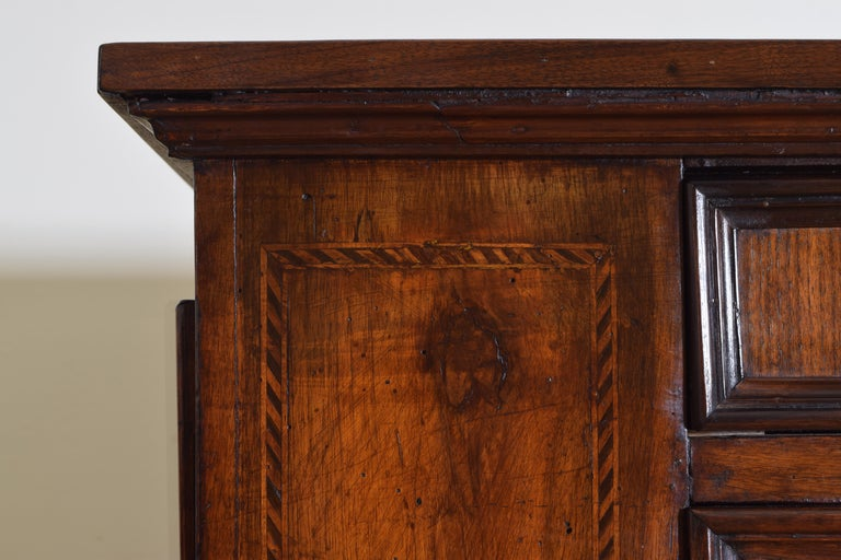 Central Italian Walnut and Inlaid Credenza, Early 19th Century For Sale 4