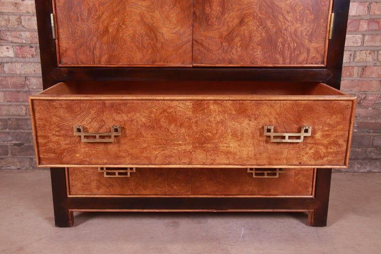 Century Furniture Hollywood Regency Chinoiserie Burl Wood Gentleman's Chest For Sale 1