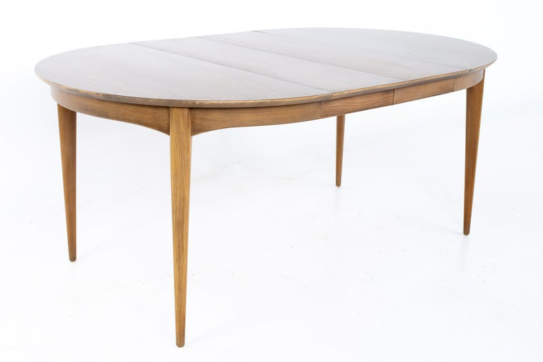 Century Furniture Mid Century Round Oval Expanding Walnut Dining Table For Sale 4