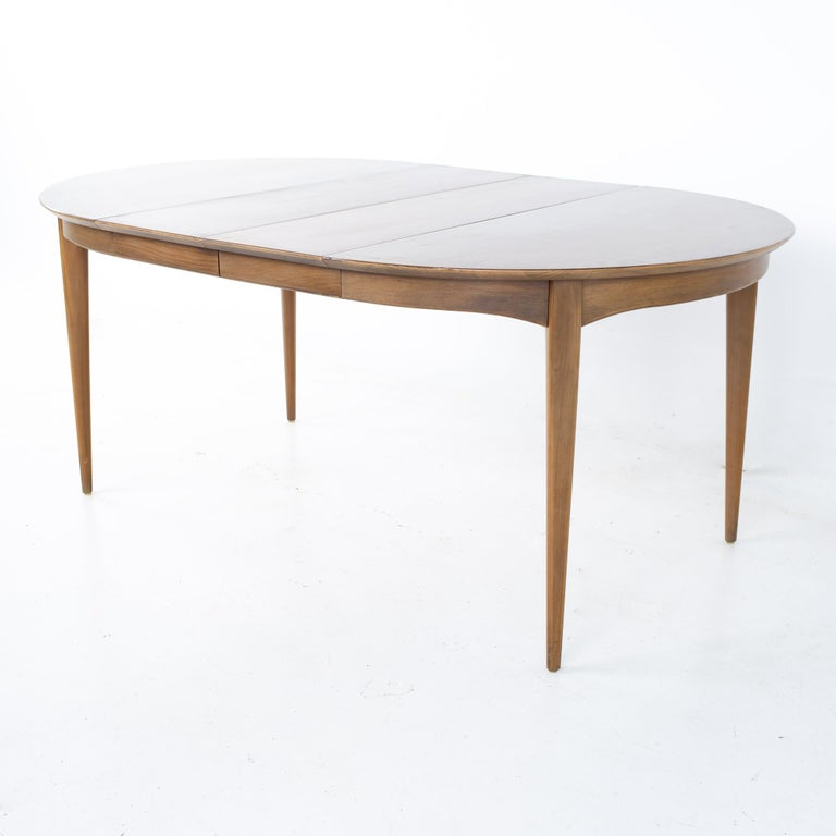 Century Furniture Mid Century Round Oval Expanding Walnut Dining Table For Sale 5