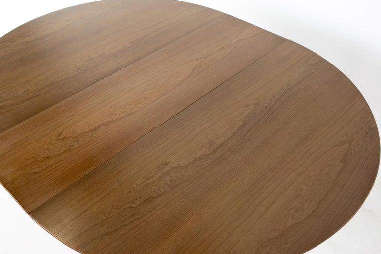 Century Furniture Mid Century Round Oval Expanding Walnut Dining Table For Sale 10