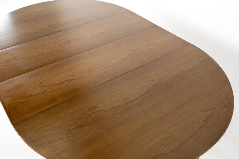 Century Furniture Mid Century Round Oval Expanding Walnut Dining Table For Sale 11