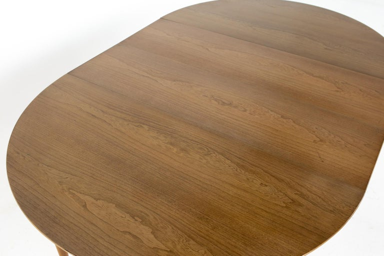 Century Furniture Mid Century Round Oval Expanding Walnut Dining Table For Sale 12