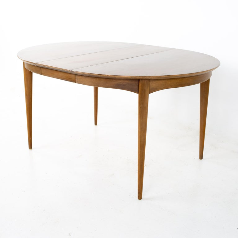 Century Furniture Mid Century Round Oval Expanding Walnut Dining Table For Sale 2