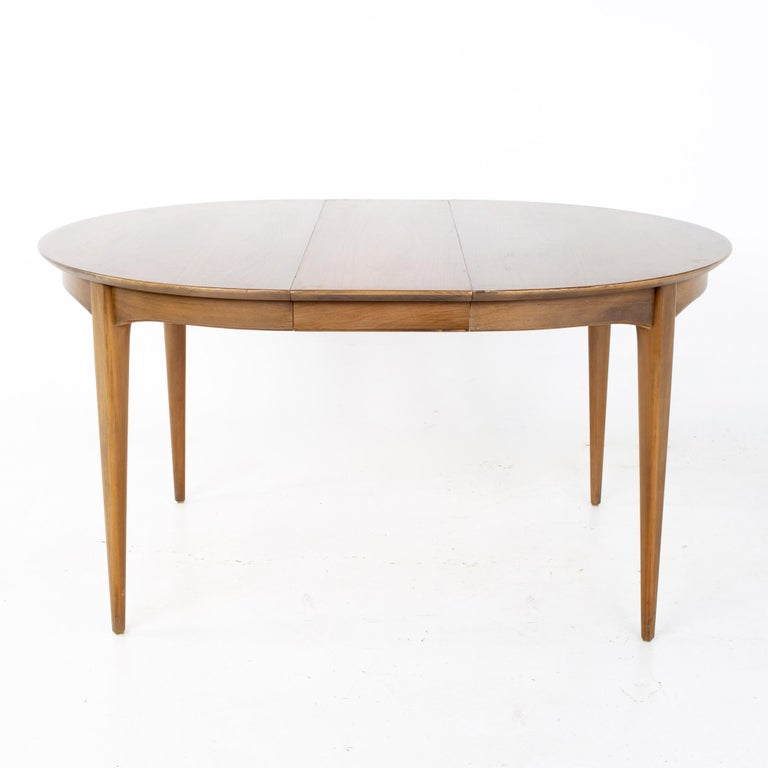 Century Furniture Mid Century Round Oval Expanding Walnut Dining Table For Sale 3