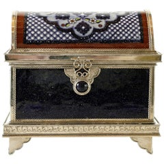Ceramic and White Metal 'Alpaca' Chest