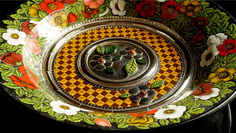 Always unique pieces is what you are going to hear about Jesus Guerrero Santo's work, all the pieces are handmade and created one by one it takes months to produce each peace. This ceramic and white metal (alpaca) bowl centrepiece, was created in