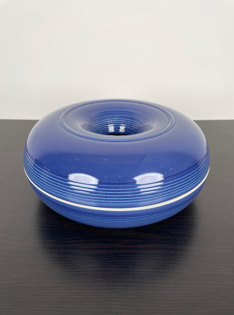 Blue violet ceramic ashtray made in Italy in the 1970s by the Italian designer Franco Bucci for Laboratorio Pesaro.  The original label is still attached on the bottom of the ashtray.