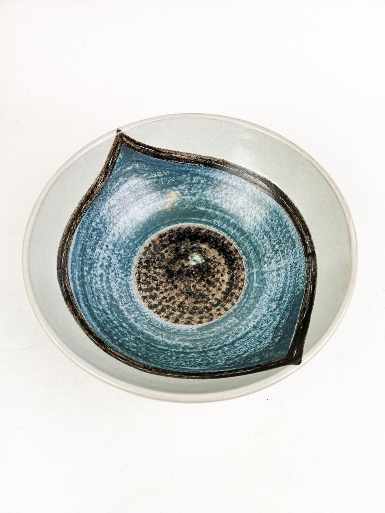 Ceramic Bowl Carl-Harry Stålhane and Aune Laukkanen, Rörstrand Sweden In Good Condition For Sale In Langserud, SE