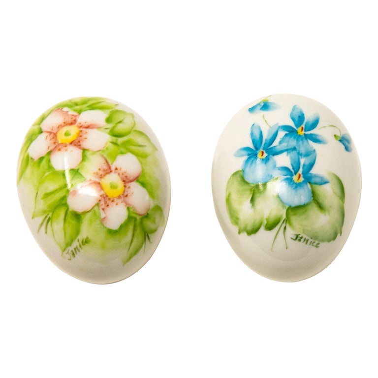 Ceramic Eggs with Floral Motif For Sale