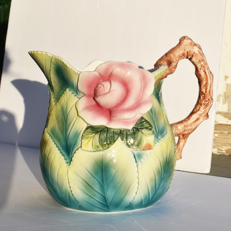 Ceramic Floral Pitcher in Pink and Green In Good Condition For Sale In Oklahoma City, OK