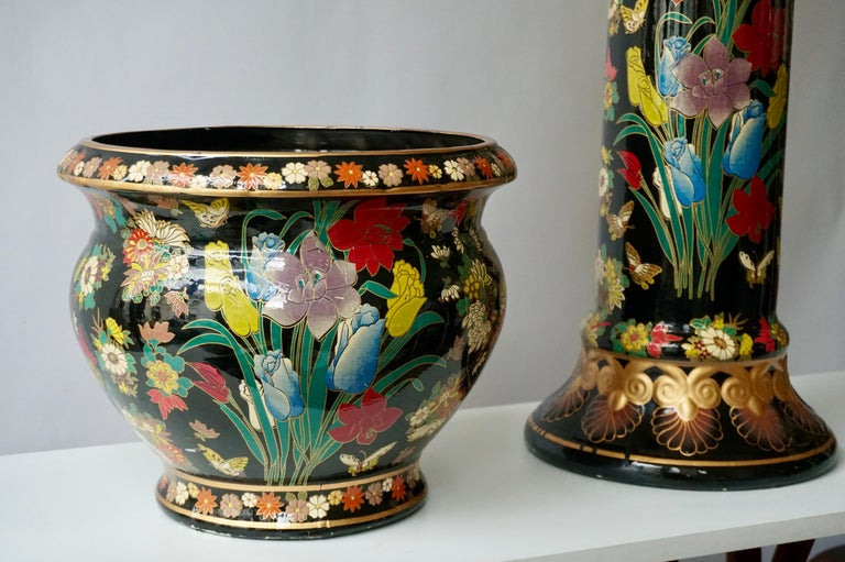 Ceramic Jardinière 'Planter and Stand' Pedestal Decorated with Flowers In Good Condition For Sale In Antwerp, BE