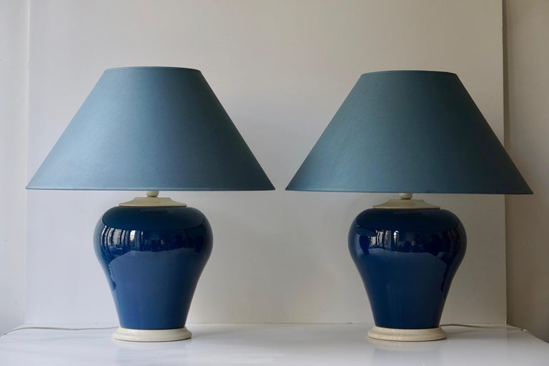20th Century Ceramic Lamps in White and Blue For Sale