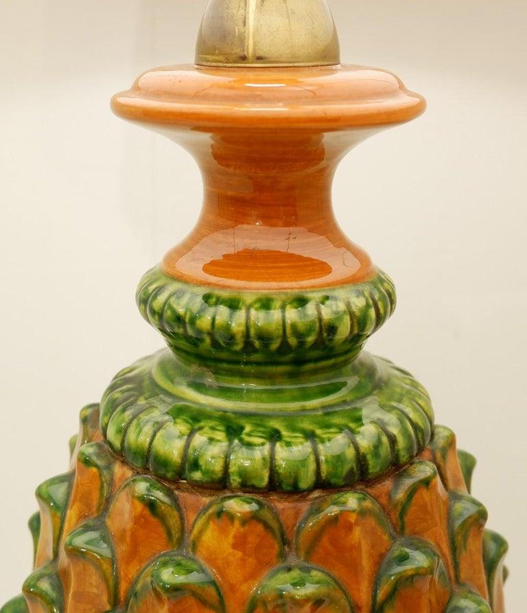 Mid-Century Modern Ceramic Pineapple Table Lamp For Sale