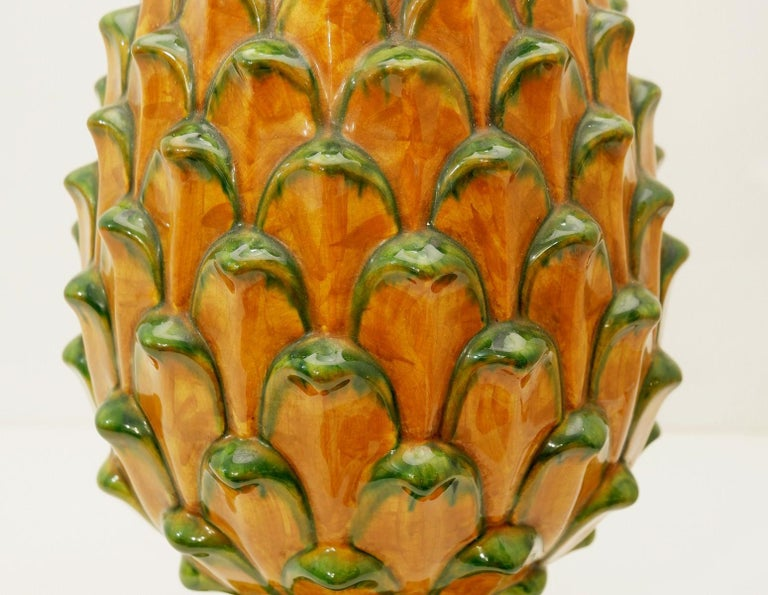 Mid-20th Century Ceramic Pineapple Table Lamp For Sale
