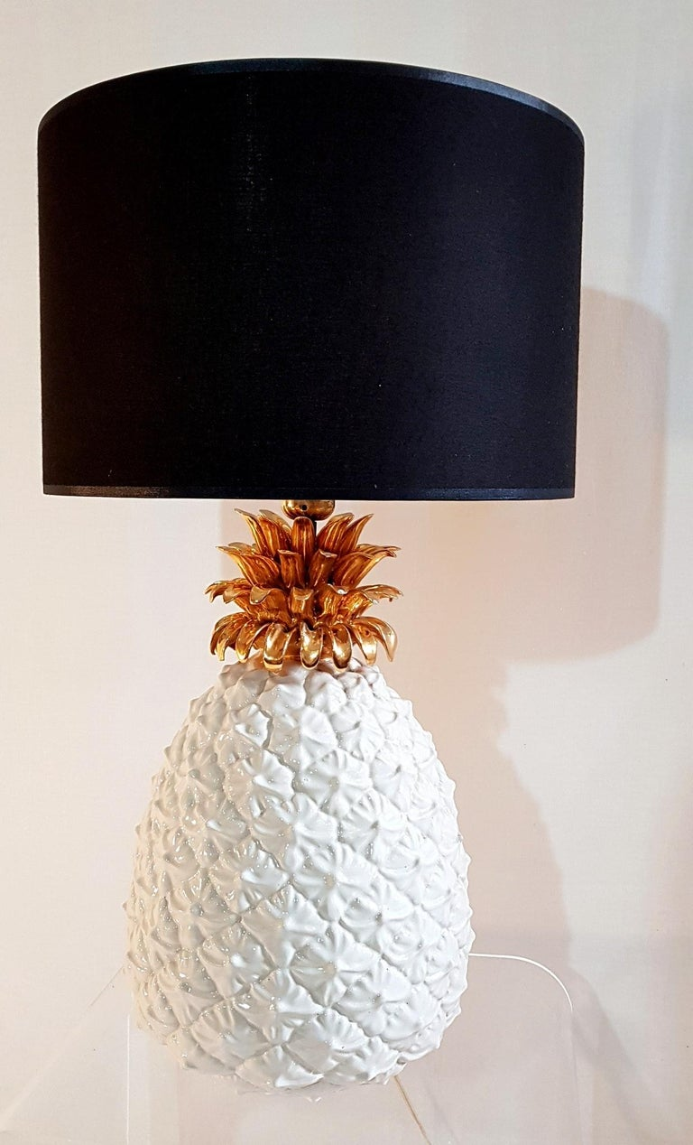 Ceramic Pineapple Table Lamp Made in Italy In Good Condition For Sale In Albano Laziale, Rome/Lazio