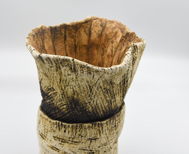 Ceramic Plant Clay Terracotta Mexican Design Abstract Organic Form Vase Handmade In Excellent Condition For Sale In Queretaro, Queretaro