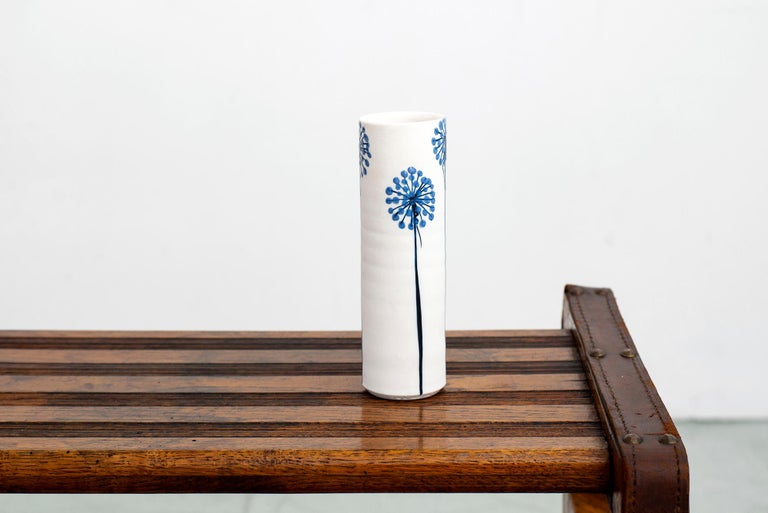 Ceramic Vase by Alan et Lyn Newton For Sale 1
